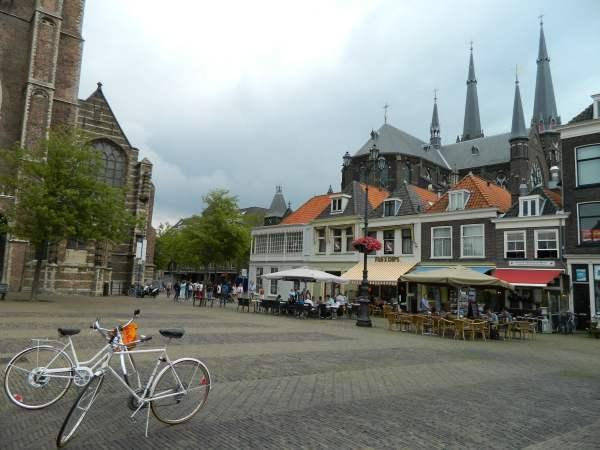 Delft Square