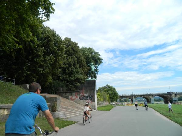 Bike ride through Dresden