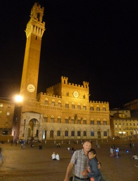 IL Campo night life, Siena